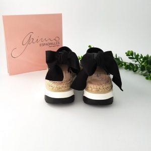 Chaussures-Traces-Espadrilles-ouvertes-Villa-noir