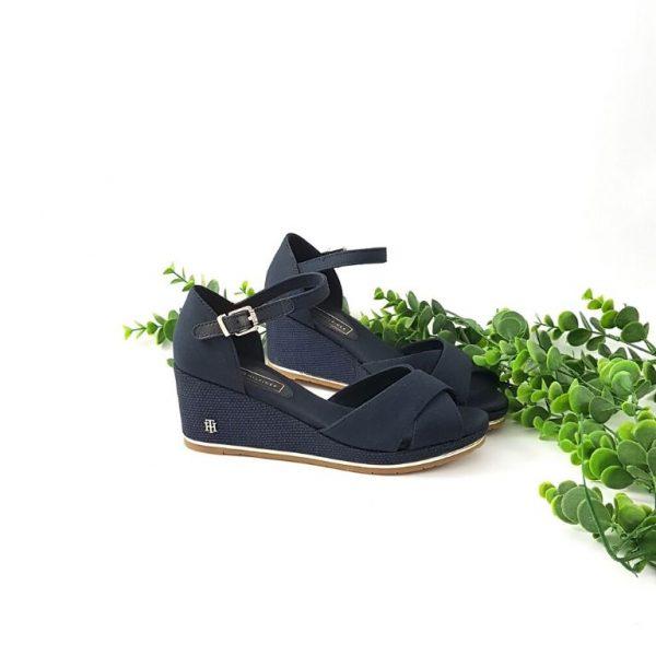 Chaussures-traces-Sandales-compensées-bleu