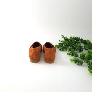 chaussures-traces-mocassin-daim-cognac-CO11029AP