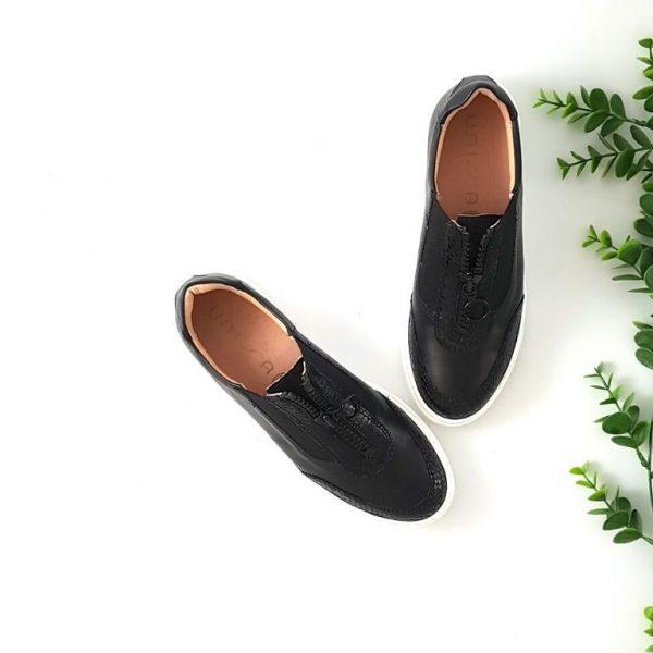 chaussures-traces-Baskets-Unisa-noir-Fuentes