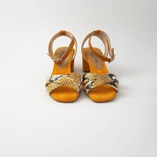 chaussures-traces-Sandales-Marian-Moutarde-python