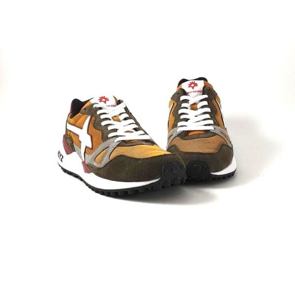 chaussures-traces-sneakers-W6YZ-1FO5