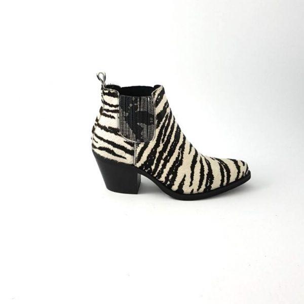 chaussures-traces-Semerdjian-Boots-noir-zébré-ER506