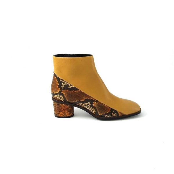 chaussures-traces-marian-boots-20207-python-moutarde