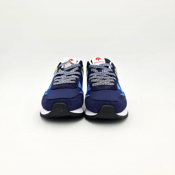chaussures-traces-sneakers-w6yz-1C49