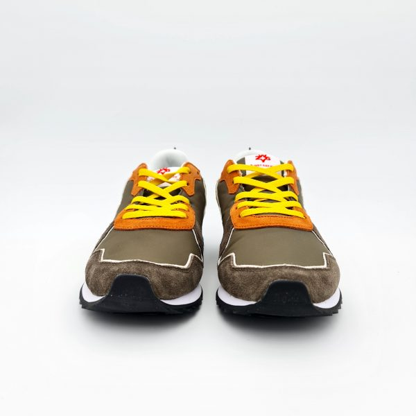chaussures-traces-sneakers-w6yz-1f15