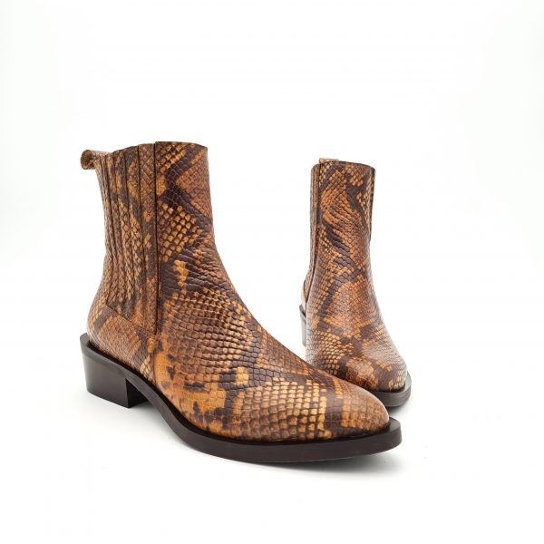 chaussures-traces-boots-21514-cuoio-Kanna