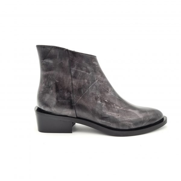 chaussures-traces-boots-21544-noir-Kanna